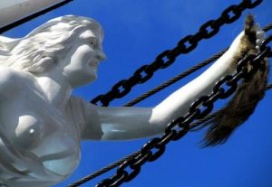Cutty_Sark_figurehead_